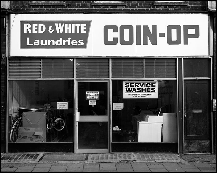 Red - White Coin op